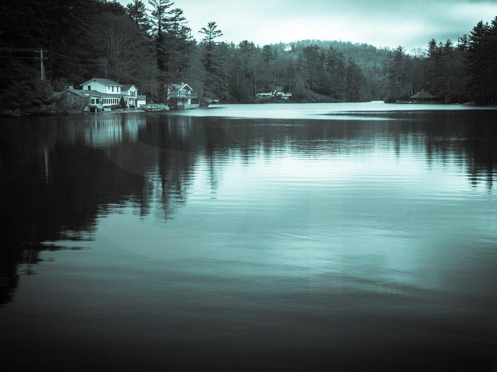 Lake Sequoyah Scene